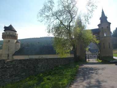 Burg Heid2
